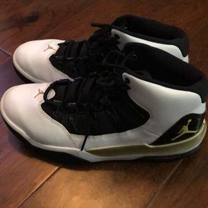 These jordan's they are worn